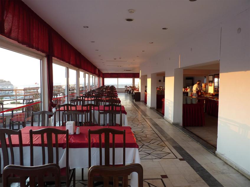 Letovanje Turska autobusom, Kusadasi, Hotel Surtel,restoran