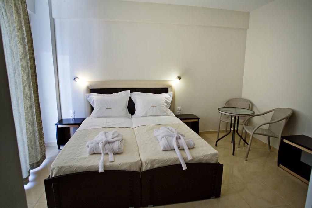 Grcka hoteli letovanje, Paralia, RG Status, hotelska soba