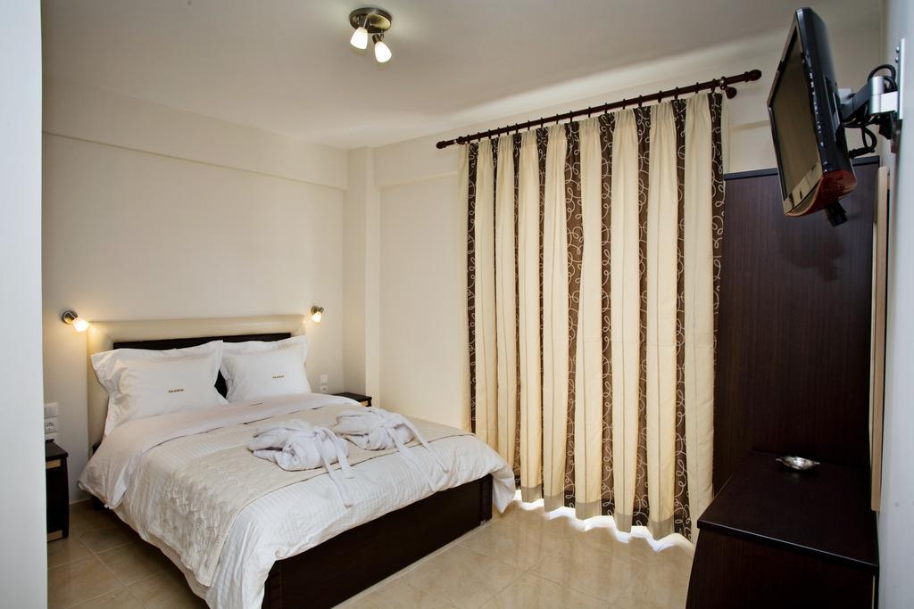 Grcka hoteli letovanje, Paralia, RG Status, izgled spavace sobe