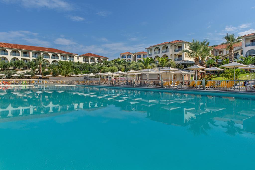 Grcka hoteli letovanje, Halkidiki, Uranopols,Akrathos, bazen