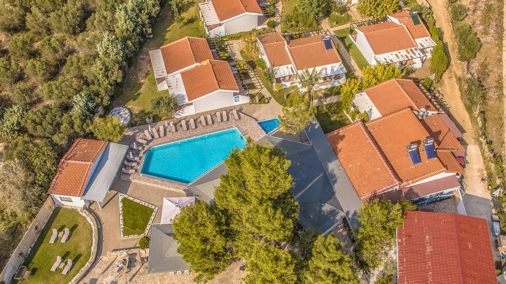 Grcka hoteli letovanje, Halkidiki, Gerakini,Across Coral Blue Beach panorama