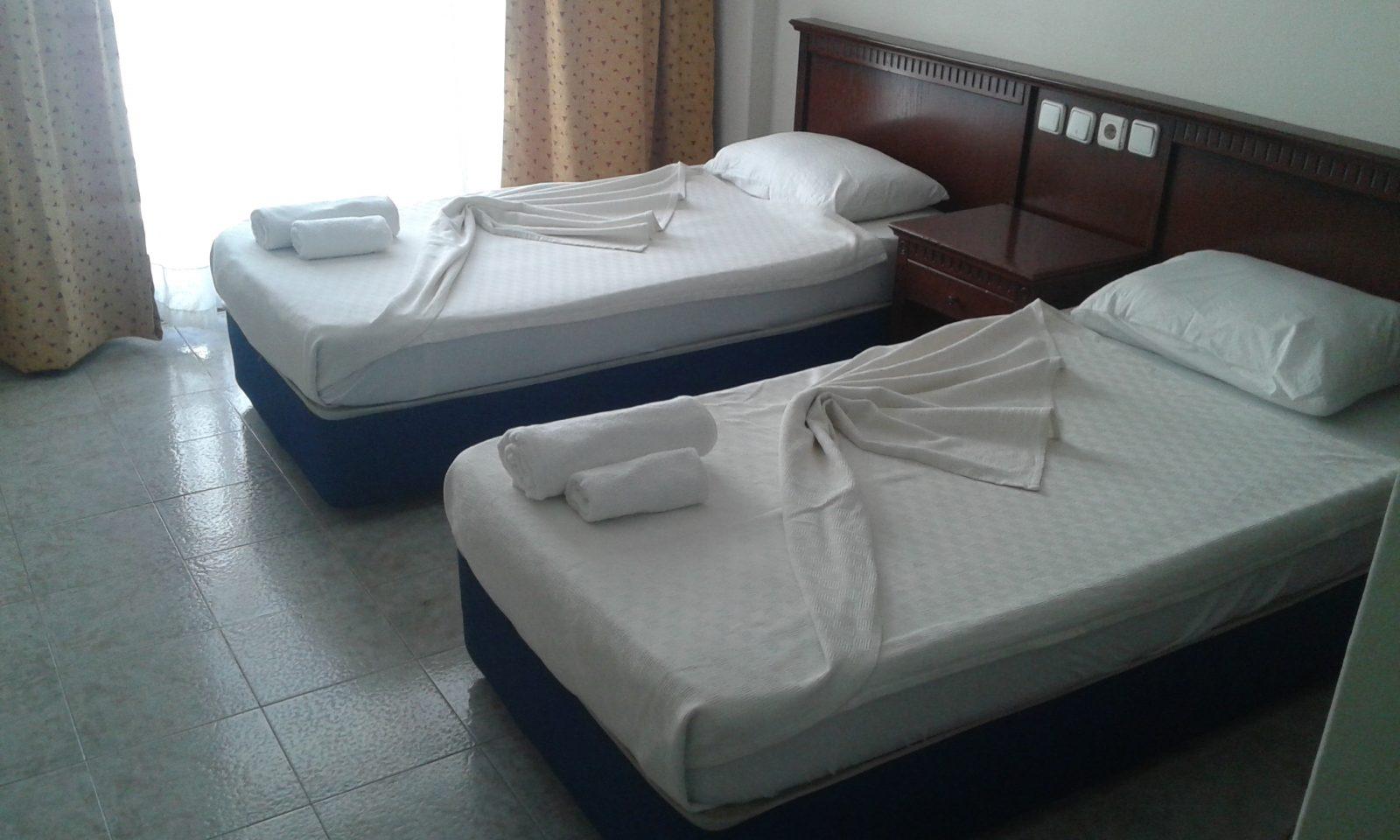 Letovanje Turska autobusom, Kusadasi, Hotel Tecimen,izgled dvokrevetne sobe