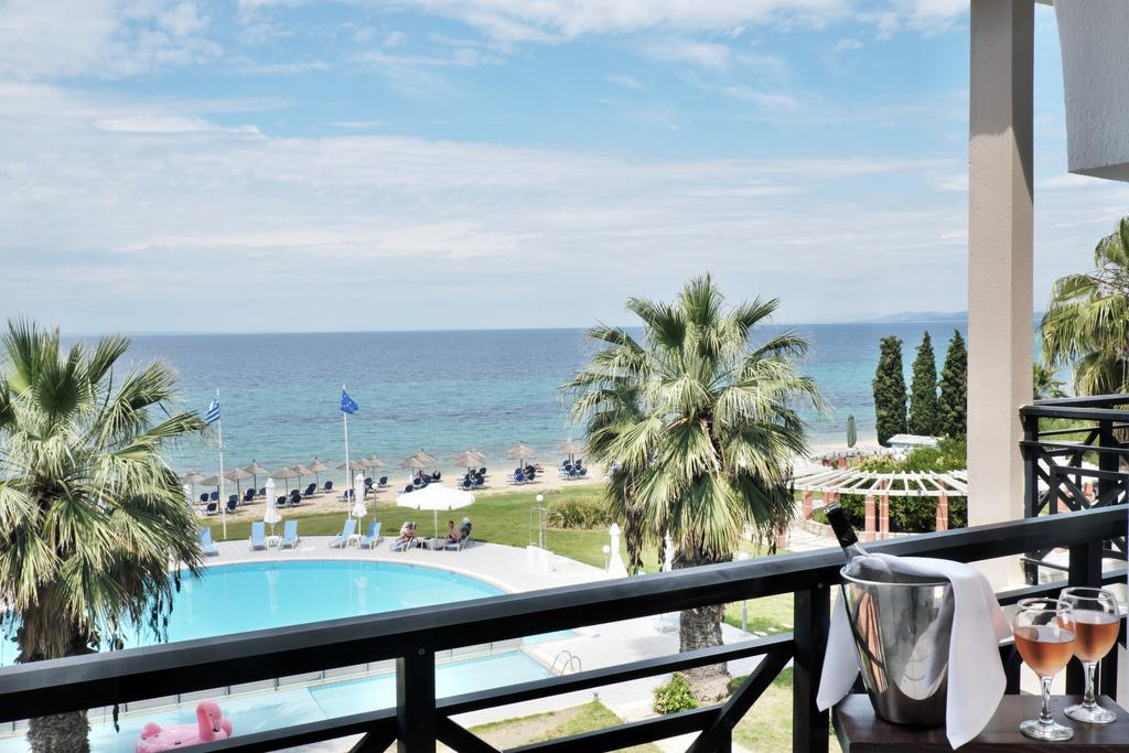 Grcka hoteli letovanje, Halkidiki, Elia Beach,Acrotel Lily Ann Beach,pogled sa terase