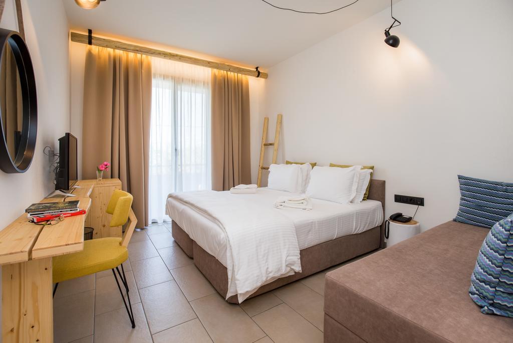 Grcka hoteli letovanje, Tasos, Skala Rahoni, Hotel Filippos, izgled sobe