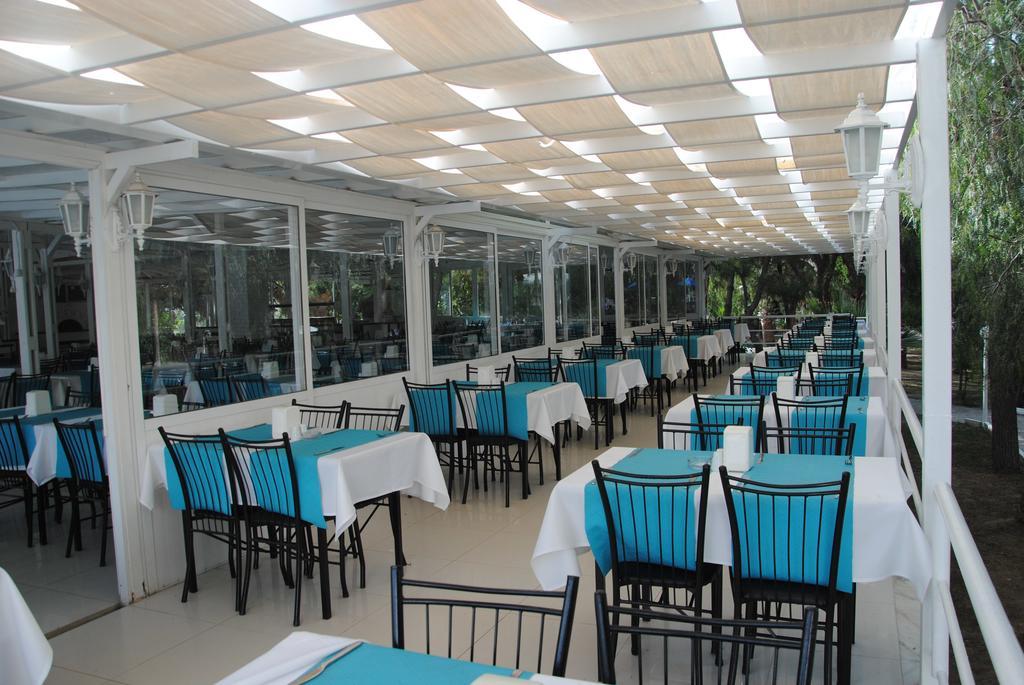Letovanje Turska autobusom, Kusadasi, Hotel Flora family suites,restoran