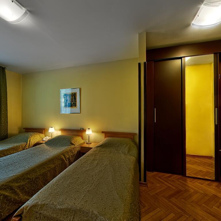 Zlatibor, zimovanje, smeštaj, Garni hotel President, spavaca soba