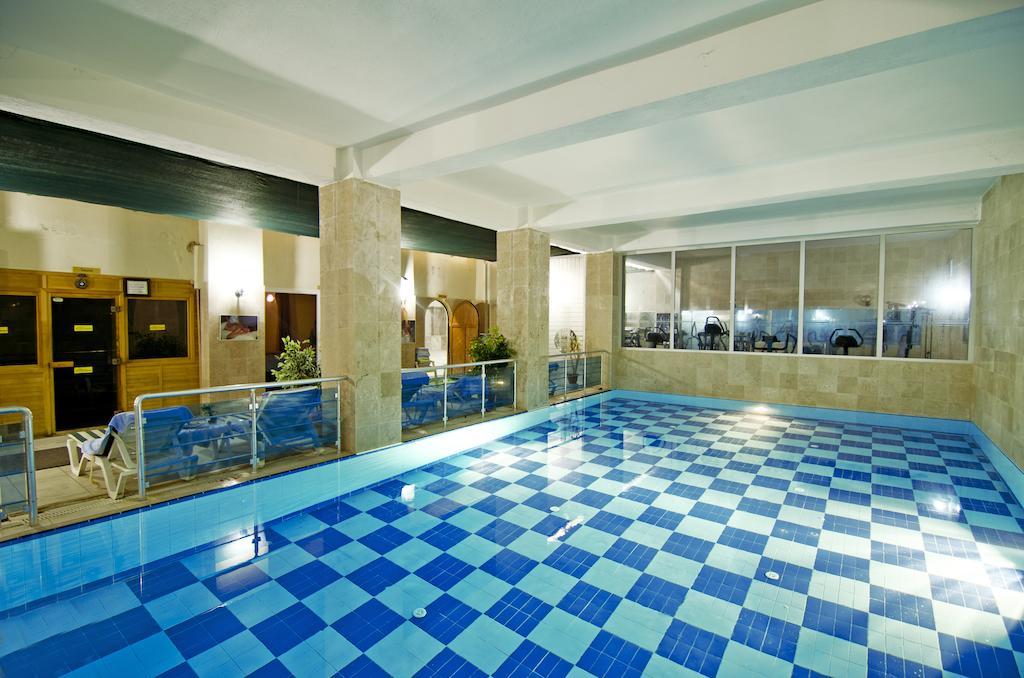 Letovanje Turska autobusom, Kusadasi, Hotel Arora,zatvoreni bazen
