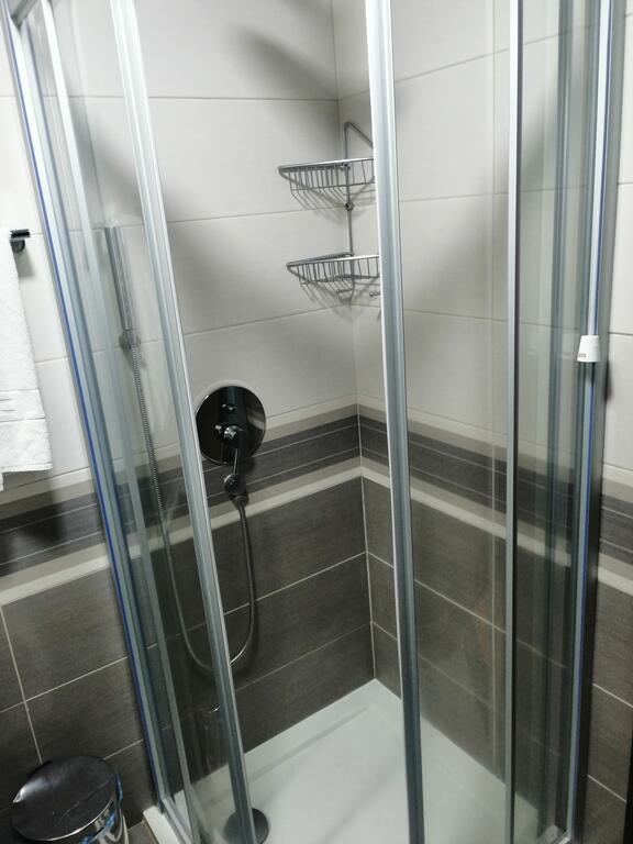 Zlatibor, zimovanje, smeštaj, Garni hotel President, kupatilo