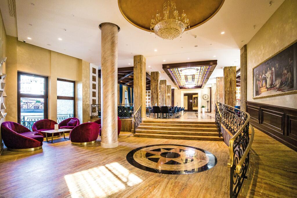 Zlatibor, zimovanje, smeštaj, Grand hotel Tornik, ulaz