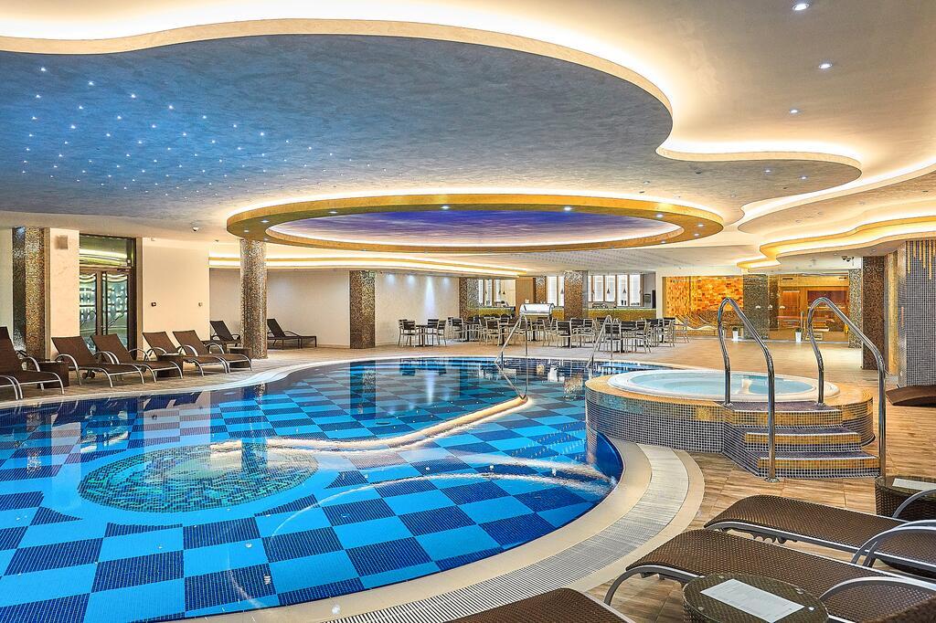 Zlatibor, zimovanje, smeštaj, Grand hotel Tornik, bazen na zatvorenom