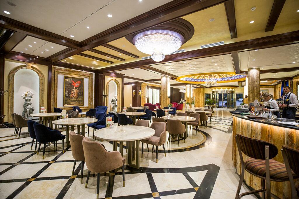 Zlatibor, zimovanje, smeštaj, Grand hotel Tornik, bar