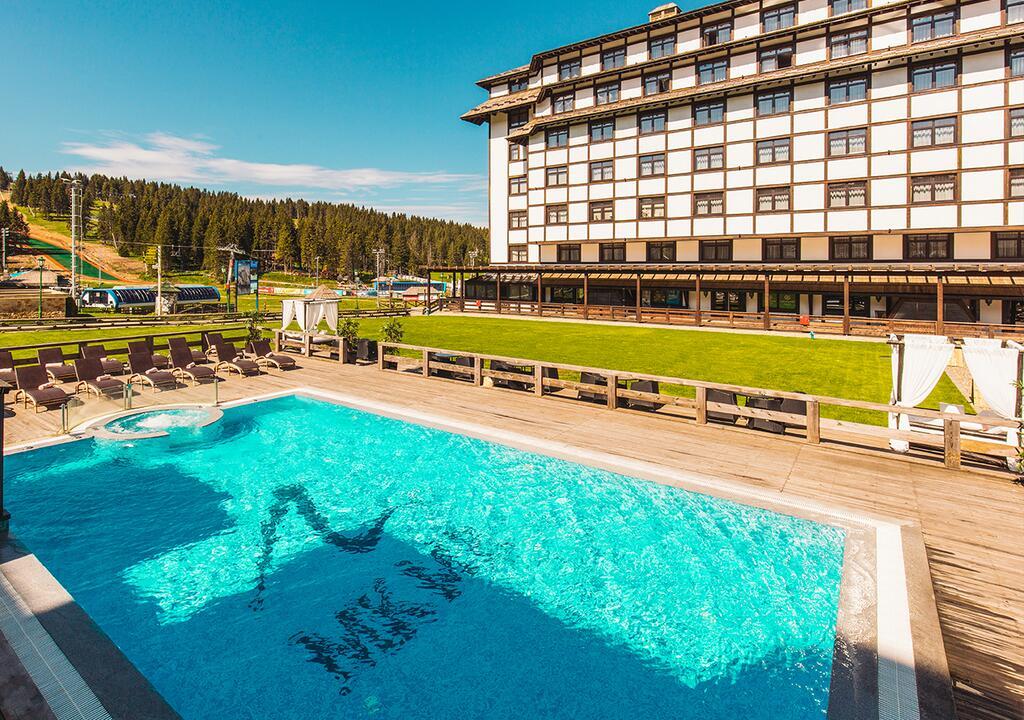 Kopaonik, zimovanje, smeštaj, Grand hotel & spa, otvoreni bazen