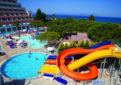 Letovanje Turska autobusom, Kusadasi, Hotel Batihan Beach resort&Spa,bazen i tobogan