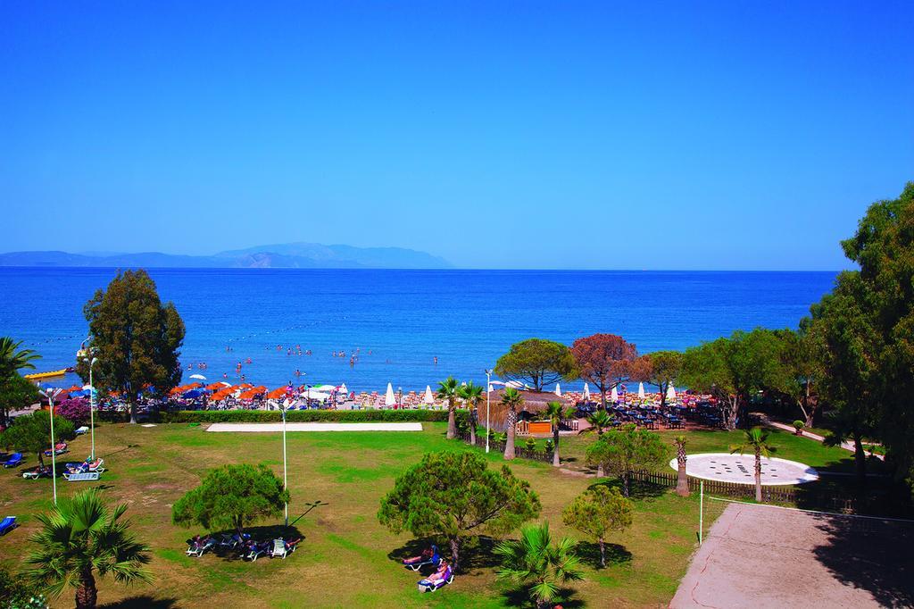 Letovanje Turska autobusom, Kusadasi, Hotel Batihan Beach resort&Spa,izlaz na plažu