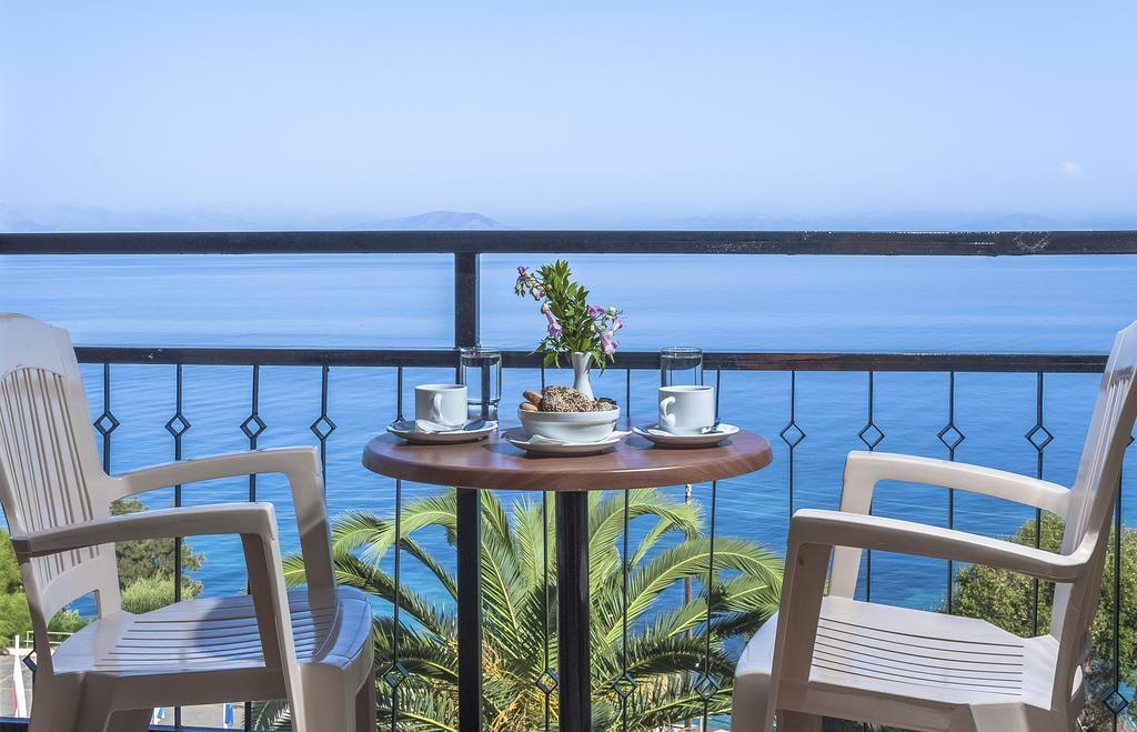 Grcka hoteli letovanje, Krf, Agios Ioannis Peristeron, Hotel Belvedere, pogled sa terase