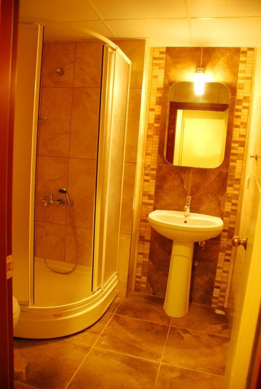 Letovanje Turska autobusom, Kusadasi, Hotel Flora family suites,kupatlo