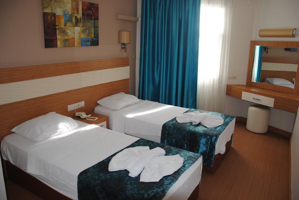 Letovanje Turska autobusom, Kusadasi, Hotel Flora family suites,hotelska soba