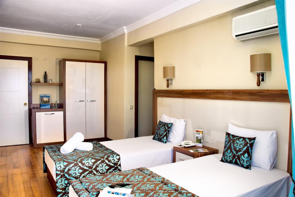 Letovanje Turska autobusom, Kusadasi, Hotel Flora family suites,izgled hotelske sobe