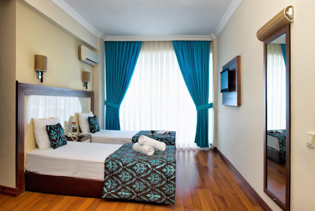 Letovanje Turska autobusom, Kusadasi, Hotel Flora family suites,soba u hotelu