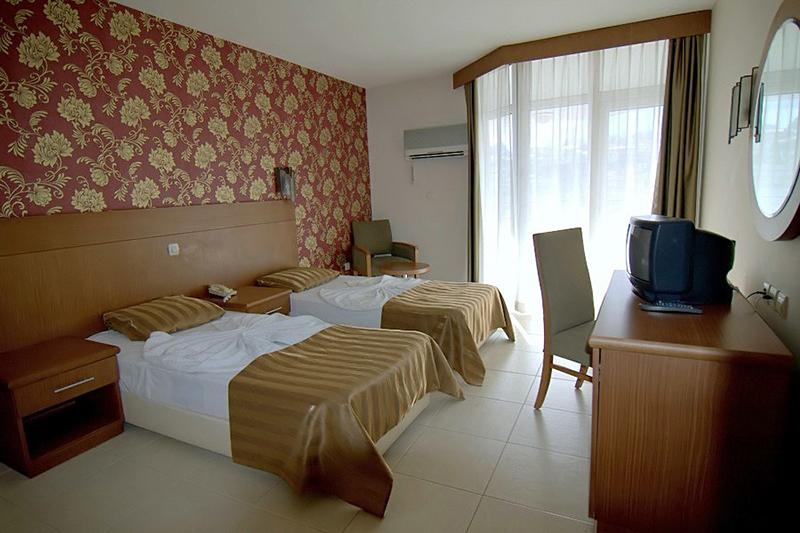 Letovanje Turska autobusom, Kusadasi, Hotel Surtel,hotelska soba