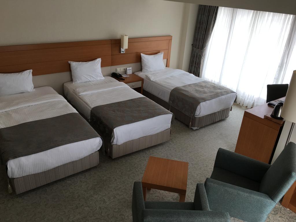Letovanje Turska avionom, Kumburgaz, hotel Mercia, tri odvojena ležaja