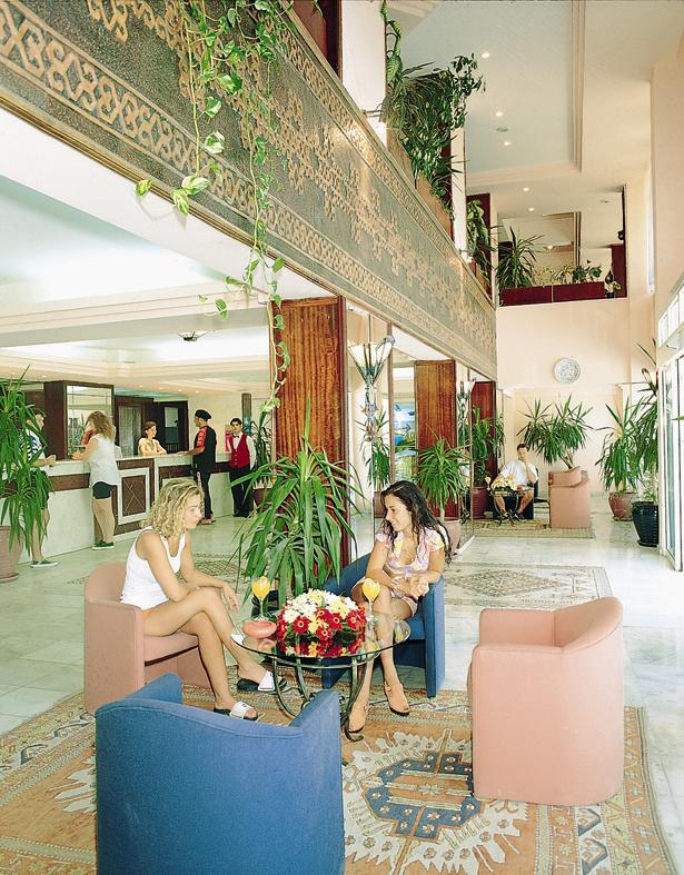 Letovanje Turska autobusom, Kusadasi, Hotel Surtel,lobi