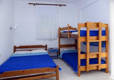 Studio S4 , jedan veći ležaj i krevet na sprat