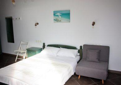 Grcka apartmani letovanje, Vrahos, Argo, pogled na spavaću sobu