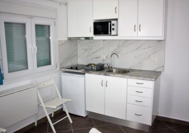 Grcka apartmani letovanje, Vrahos, Argo, kuhinjski prostor