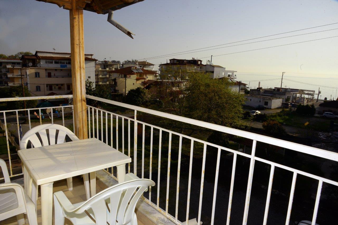 Grcka apartmani letovanje, Leptokaria, Dimitris, Terasa studia okrenuta ka moru
