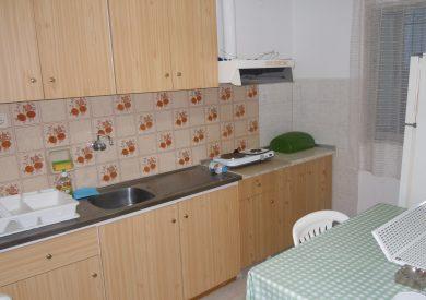 Grcka apartmani letovanje, Nea Vrasna, Takis, Dplx 6 kuhinja