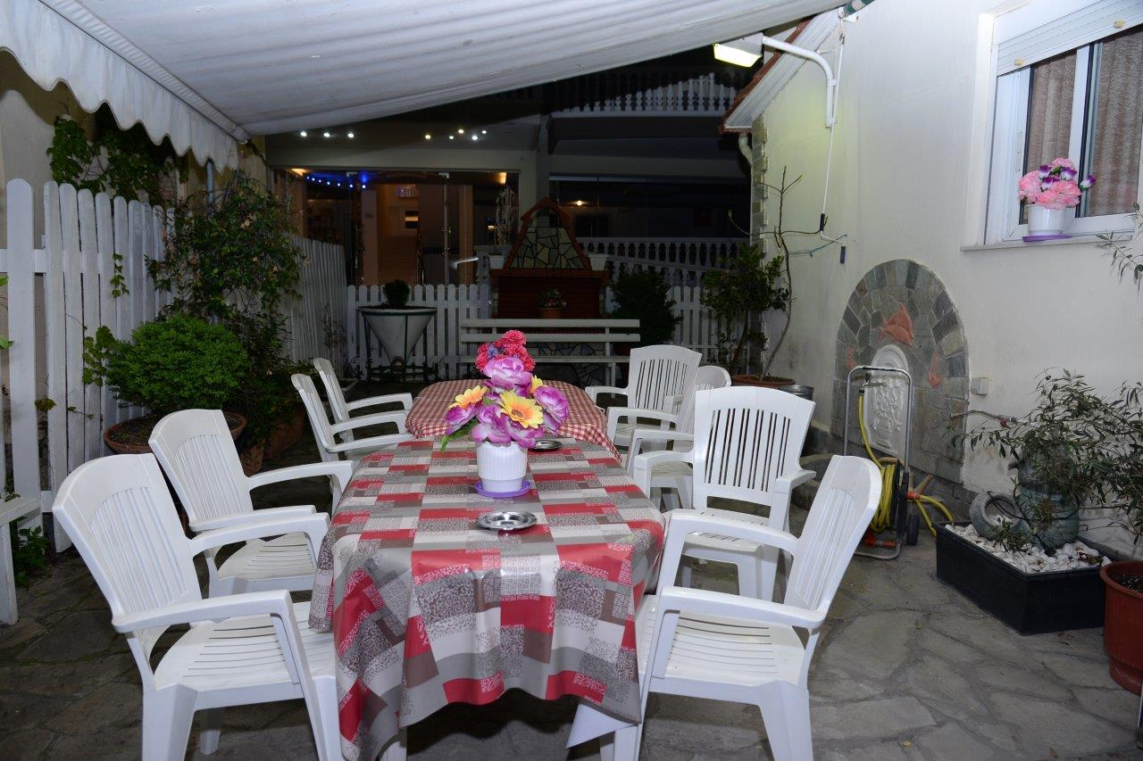 Vila Exarchos, prizemlje