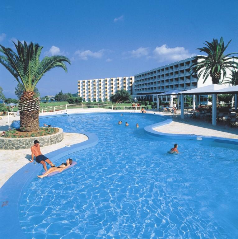 Grcka hoteli letovanje, Krf, Alykes, Hotel Louis Kerkyra Golf, pool