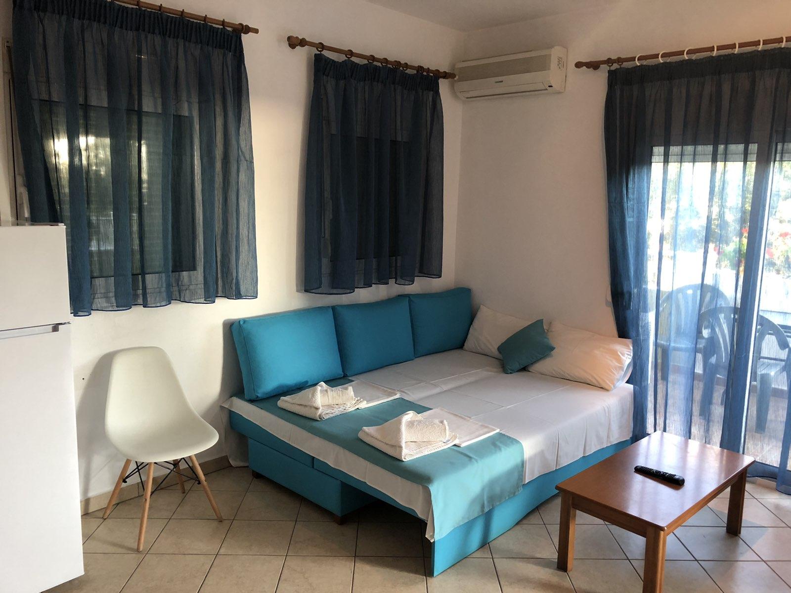 Apartman A2+2, kuhinja i trosed na razvlačenje