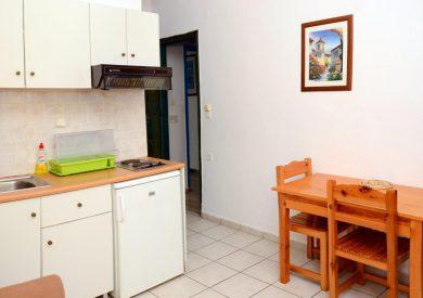 Grcka apartmani letovanje, Parga,Janis, kuhinjski prostor
