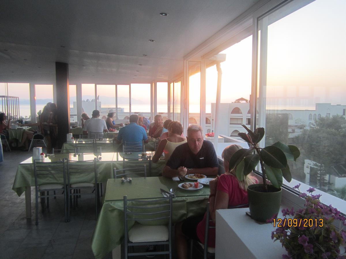 Letovanje Turska autobusom, Kusadasi, Hotel Melike,sala za ručavanje