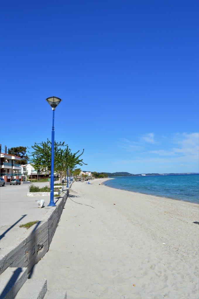 Grcka apartmani letovanje, Polihrono Halkidiki, Green Gardens,, promenada uz more