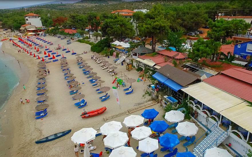 Grcka apartmani letovanje, Pefkari, Tasos, Pefkari Bay, pogled na plažu
