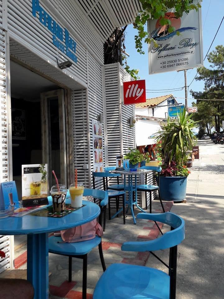 Grcka apartmani letovanje, Pefkari, Tasos, Pefkari Bay, glavna ulica
