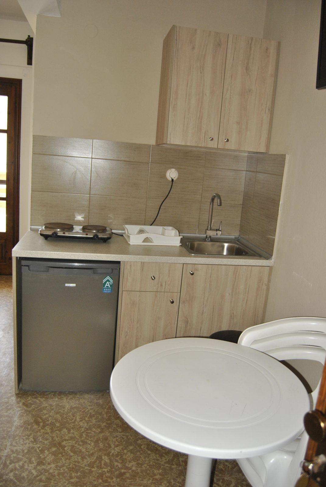 Grcka apartmani letovanje, Nea Flogita Halkidiki, Pirgioti, kuhinja studia