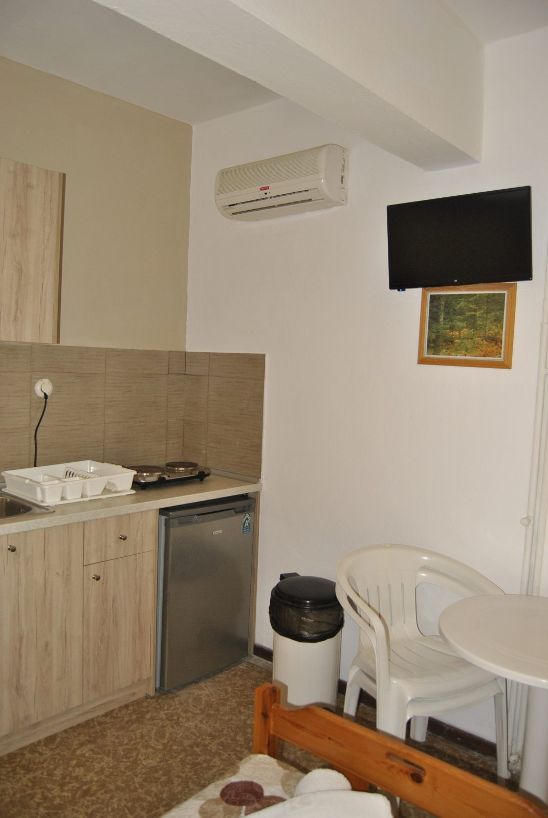 Grcka apartmani letovanje, Nea Flogita Halkidiki, Pirgioti, kuhinjski elementi