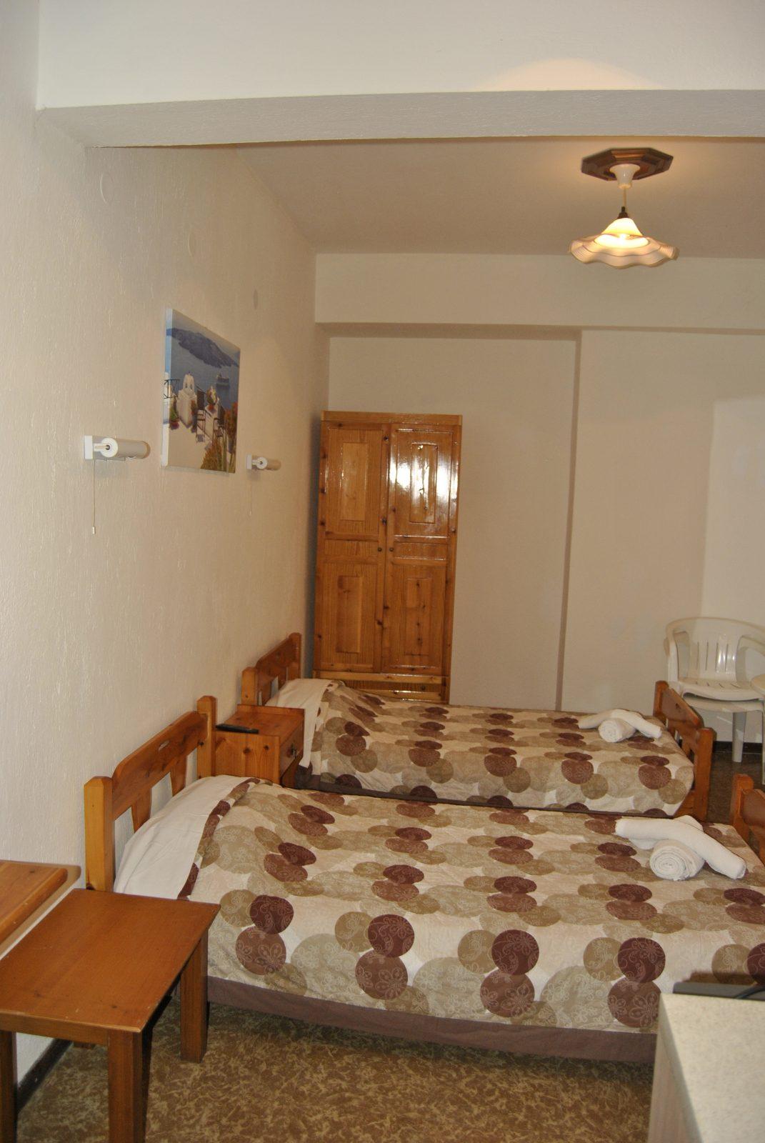 Grcka apartmani letovanje, Nea Flogita Halkidiki, Pirgioti, soba