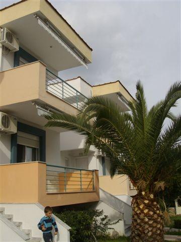 Grcka apartmani letovanje, Pefkohori, Halkidiki, Adonis, bašta