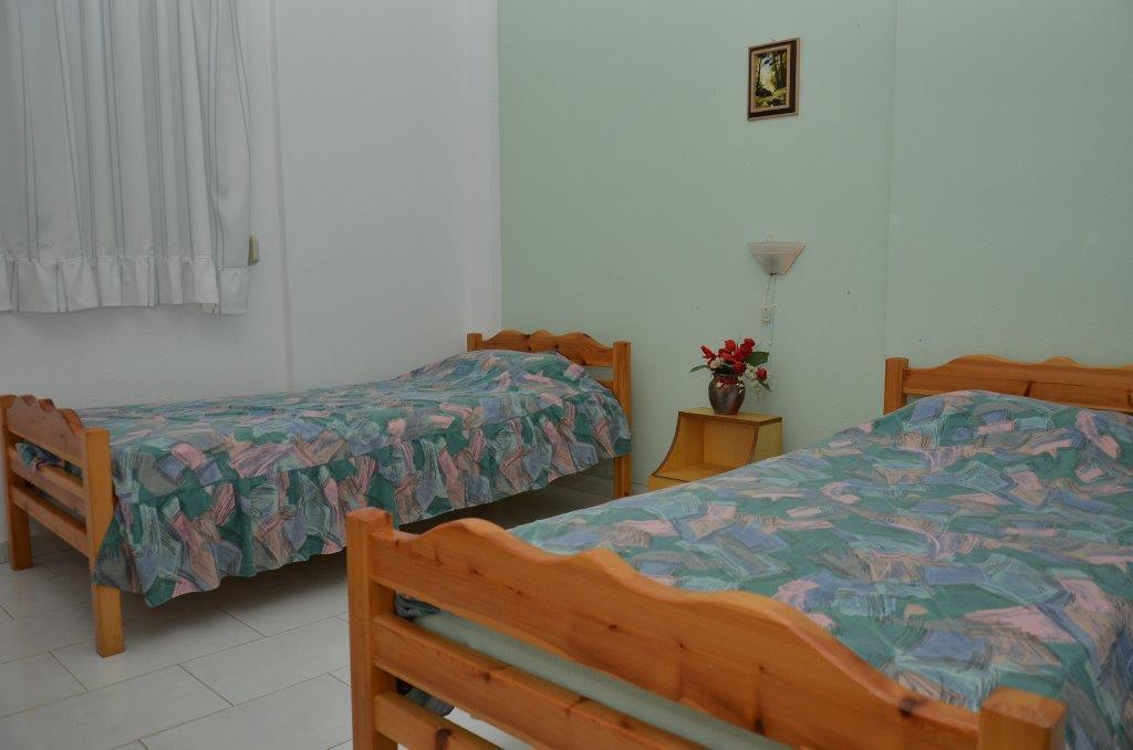 Grcka apartmani letovanje, Pefkohori, Halkidiki, Adonis, soba