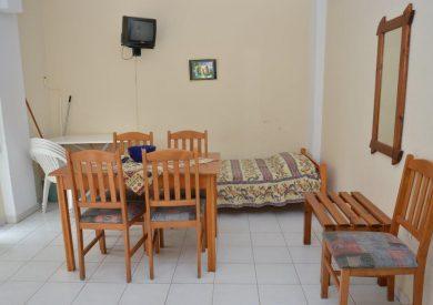 Grcka apartmani letovanje, Pefkohori, Halkidiki, Adonis, ležaj u kuhinji
