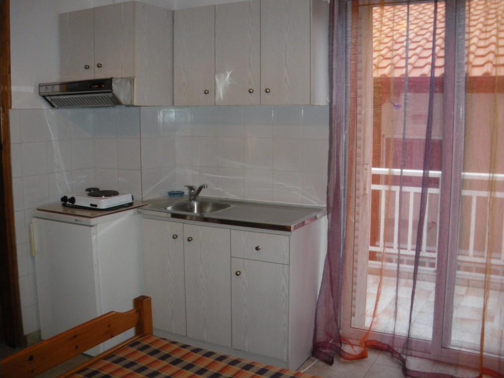 Grcka apartmani letovanje, Nea Vrasna, Aglaia, kuhinja