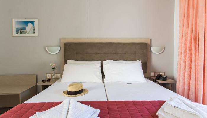 Grcka hoteli letovanje, Halkidiki, Gerakini,Across Coral Blue Beach soba