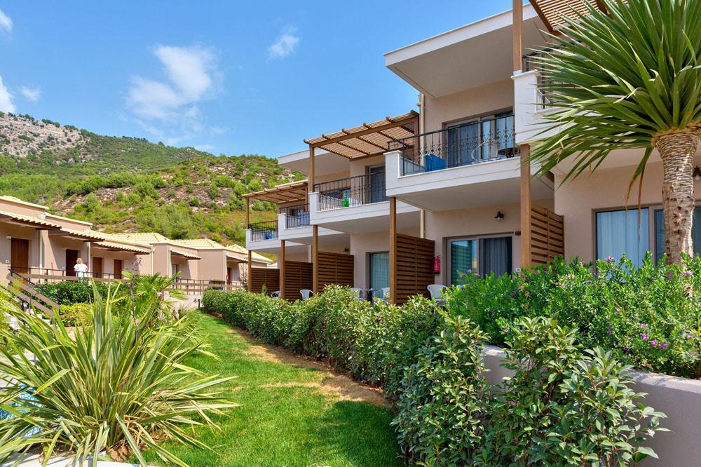 Grcka hoteli letovanje, Tasos, Agios Ioannis, Hotel Thassos Grand Resort, dvorište