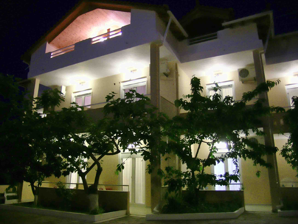 Grcka hoteli letovanje, Tasos, Skala Rahoni, Hotel Filippos, pogled na hotel