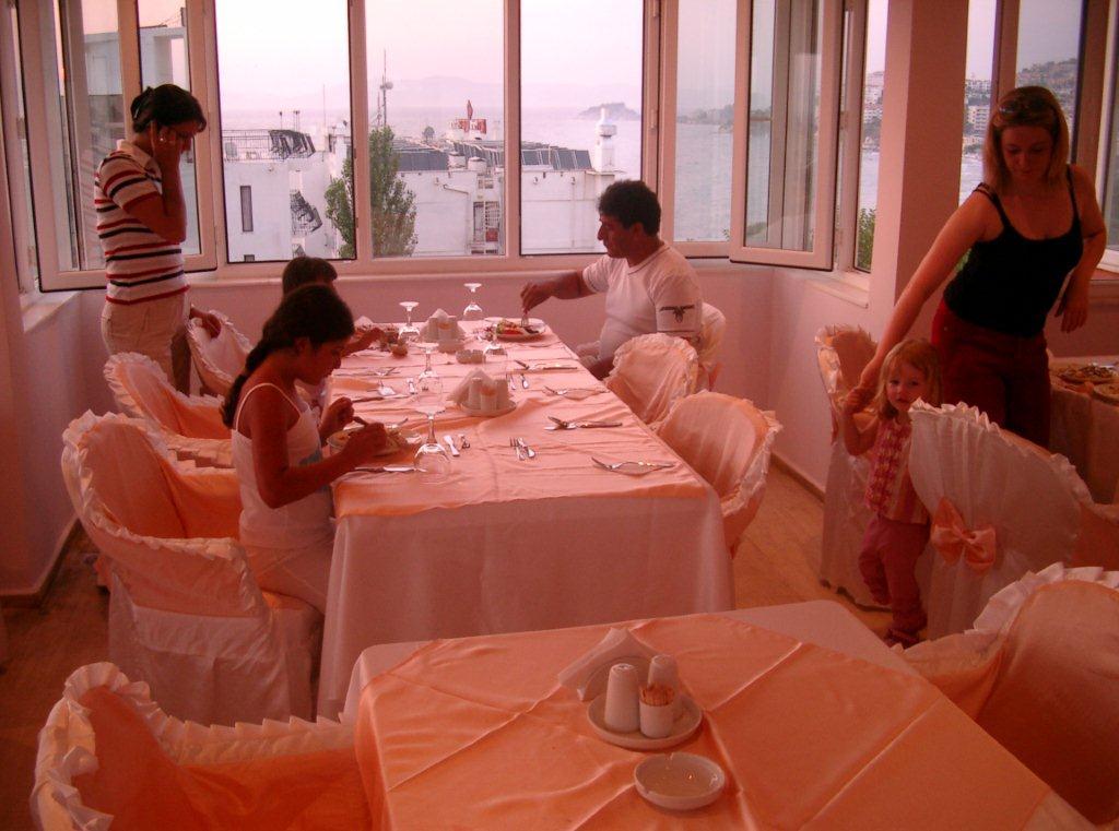 Letovanje Turska autobusom, Kusadasi, Hotel Grand Nett,restoran
